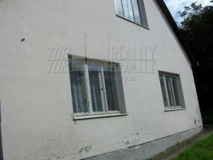 Rodinný dom Alekšince (017-12-EP)