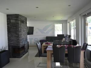 Nadštandardná novostavba rodinného domu, Valča