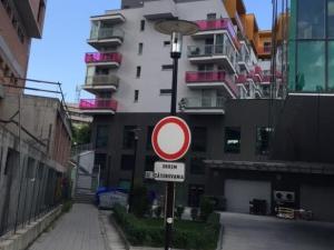Prenájom pekný 2 izbový byt, ulica Staré Grunty, novostavba CUBICON, garáž, Karlova Ves