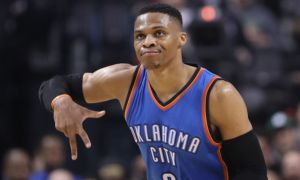 Video: NBA: Oklahoma vyhrala po predĺžení, Westbrook s 38. triple-double