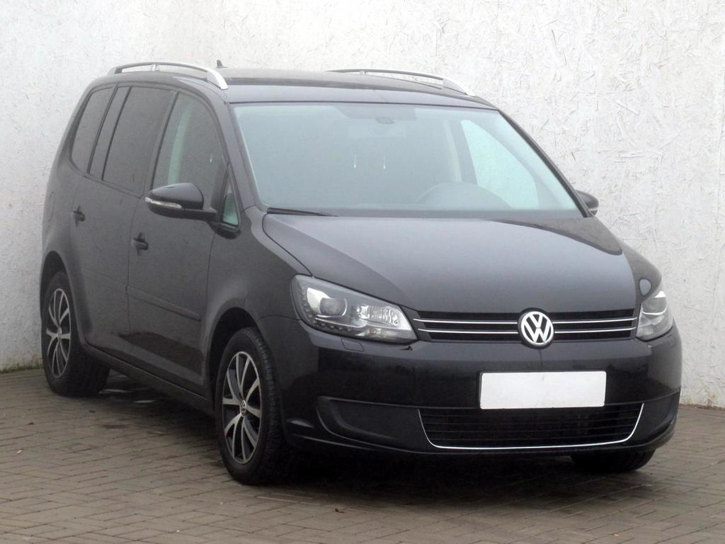 volkswagen touran 2 0 tdi comfortline dsg autovia sk. Black Bedroom Furniture Sets. Home Design Ideas