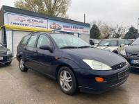 Ford Focus Combi 1.8 16V Ambiente