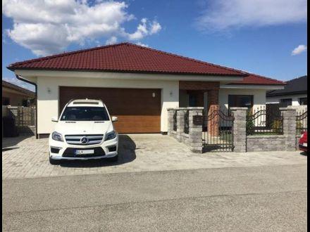 AZ house s.r.o. obr. 2